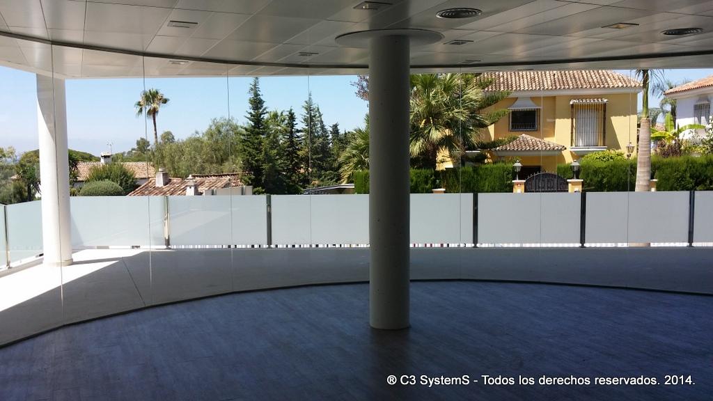 Cerramientos de cristal para oficinas en huelva 004 venku for Oficina de correos huelva