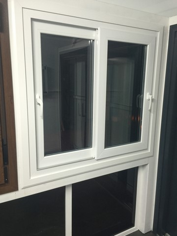 cerramientos en huelva exposicion aluminio pvc ventanas 005